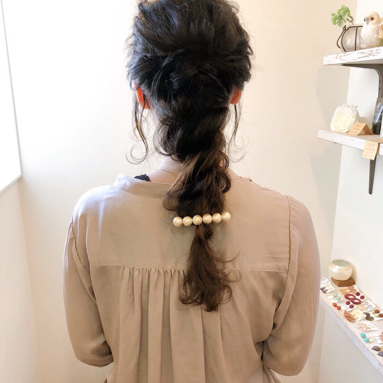 お呼ばれヘア ヘアアレンジ 編みおろし 後れ毛 ヘアスタイルや髪型の写真・画像