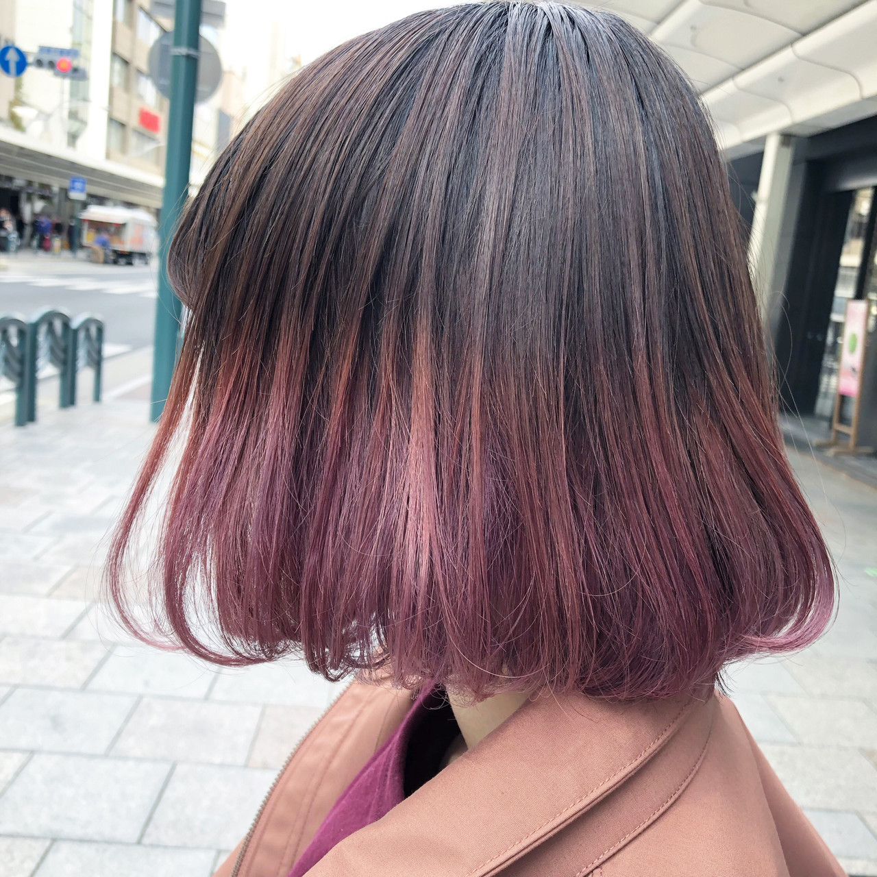 ブリーチカラー ピンクバイオレット ブリーチオンカラー ボブ ヘアスタイルや髪型の写真・画像