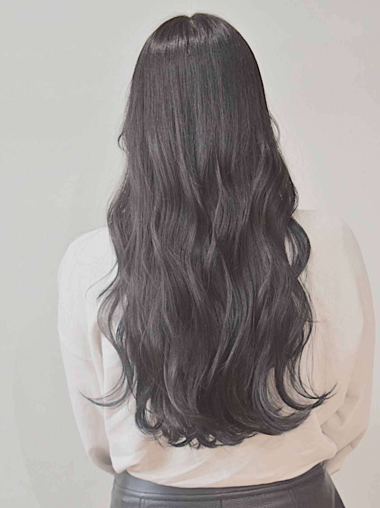 黒髪 アッシュブラック ダークグレー ロング ヘアスタイルや髪型の写真・画像