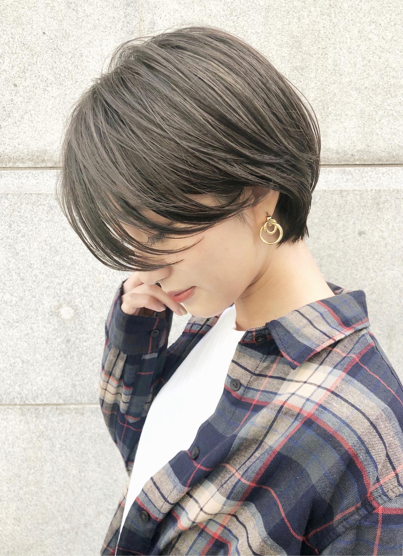 グレージュ デート ヘアアレンジ ミニボブ ヘアスタイルや髪型の写真・画像
