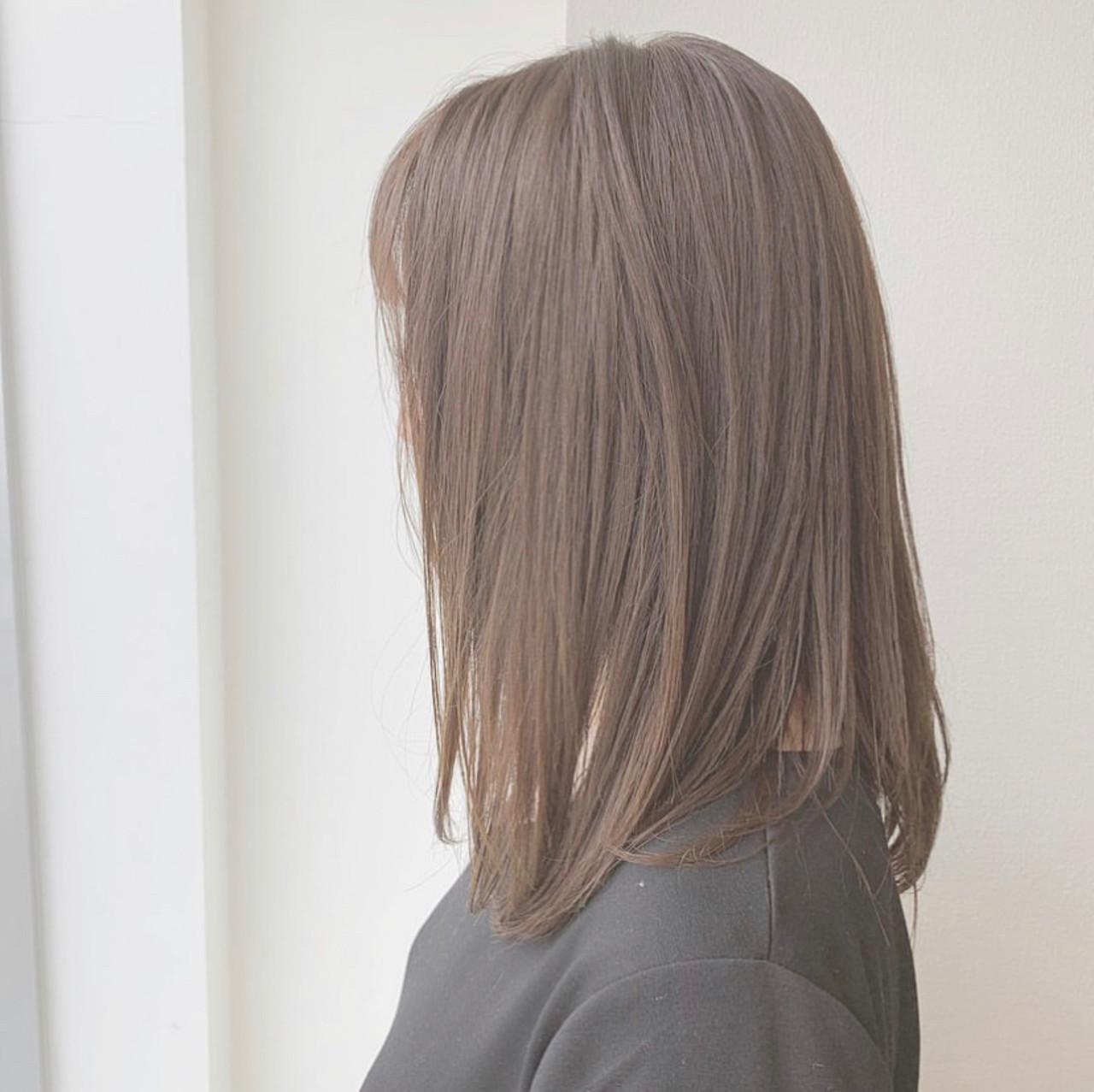 可愛い ナチュラルベージュ ストレート フェミニン ヘアスタイルや髪型の写真・画像