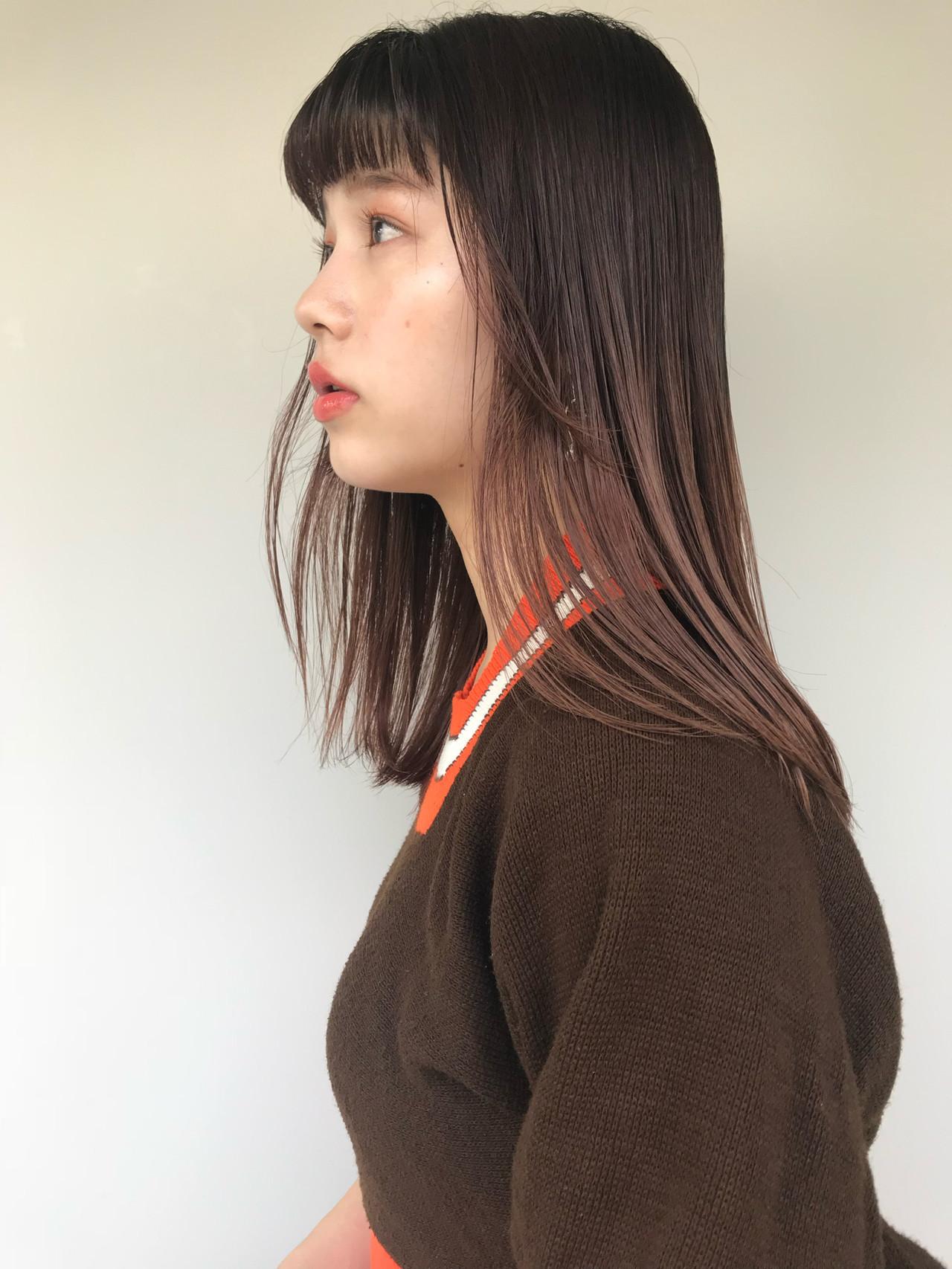 ピンクベージュ 暖色 ミルクティーベージュ ナチュラル ヘアスタイルや髪型の写真・画像
