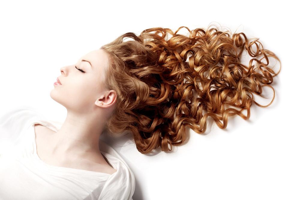 セルフで髪をストレートにする方法!これでくせ毛や広がりに終止符を