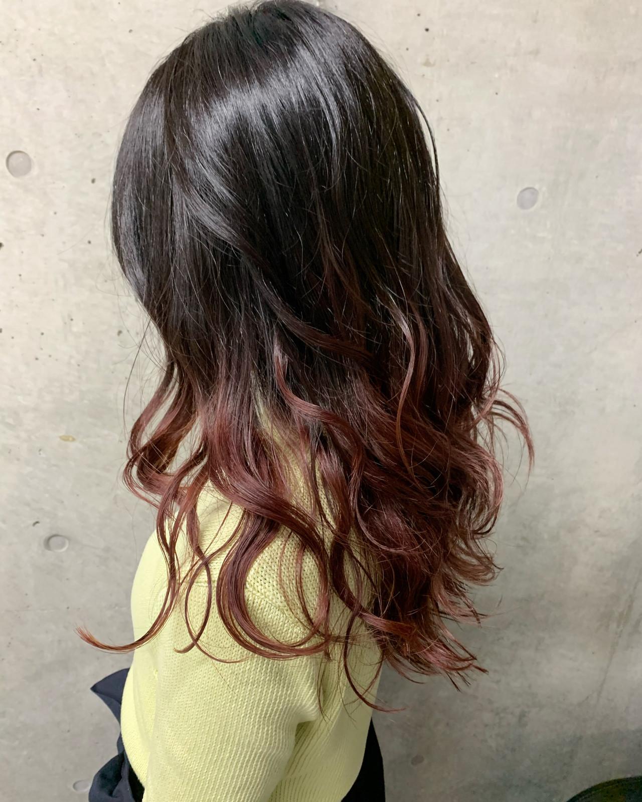 ピンク ガーリー レッドカラー ロング ヘアスタイルや髪型の写真・画像