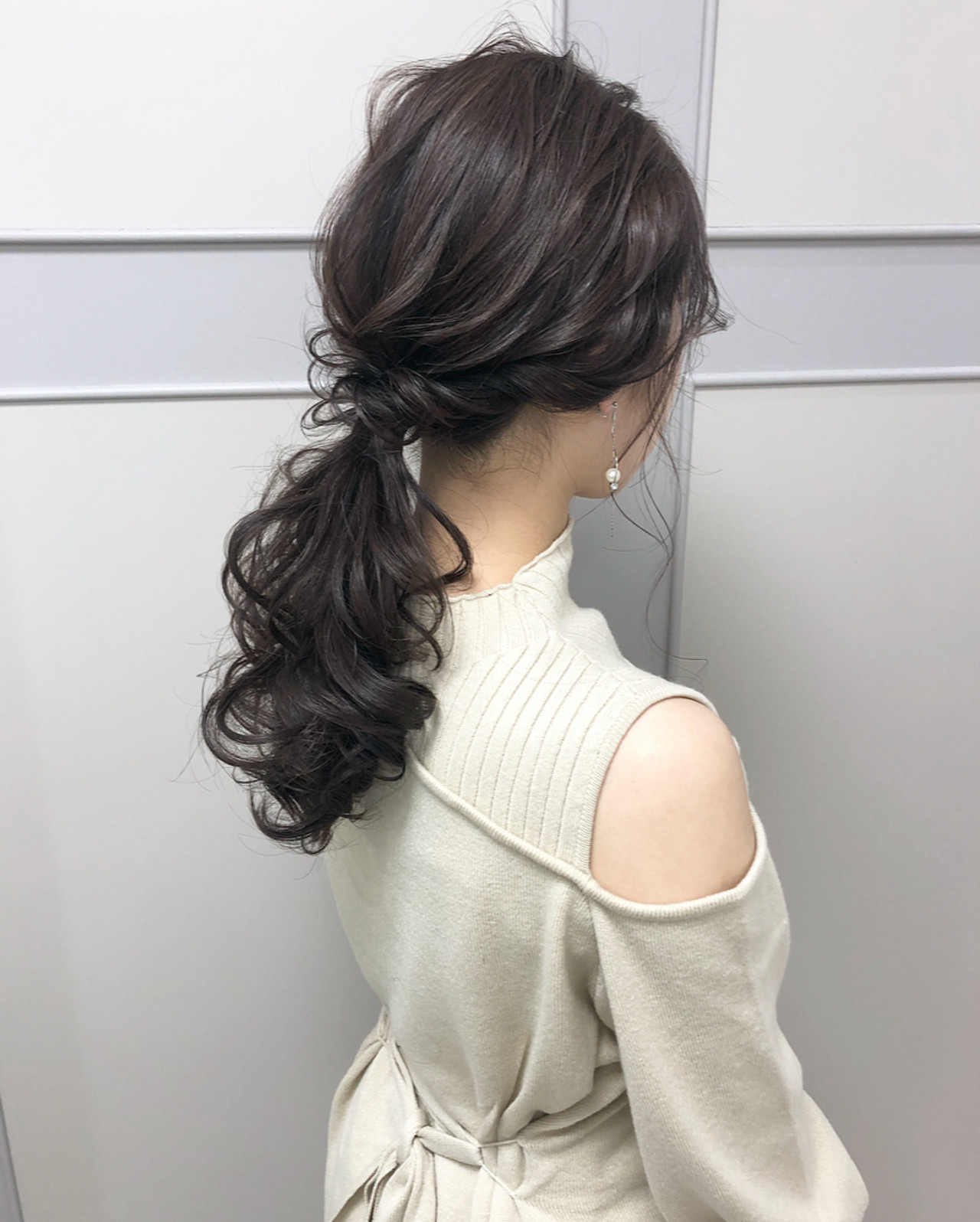 ナチュラル ポニーテール セミロング 大人可愛い ヘアスタイルや髪型の写真・画像