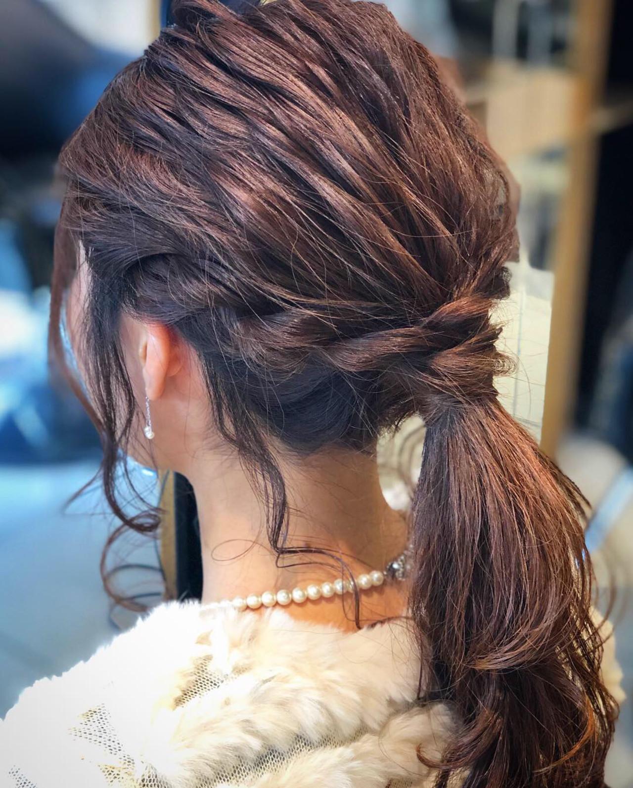 ローポニーテール セミロング 簡単ヘアアレンジ ナチュラル ヘアスタイルや髪型の写真・画像