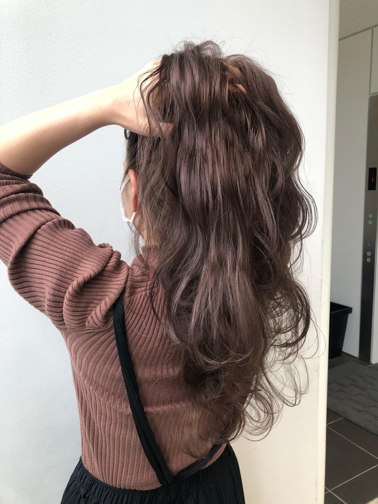 ハイライト 大人ハイライト ロング ラベージュ ヘアスタイルや髪型の写真・画像