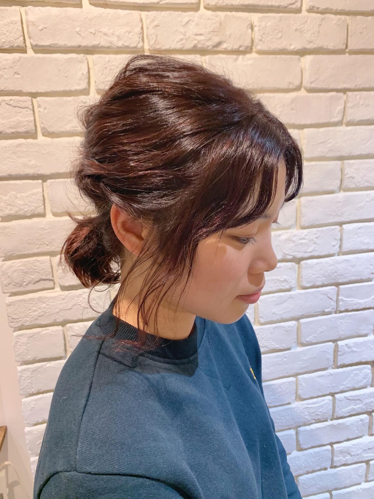ヘアアレンジ ピンクベージュ ナチュラル 切りっぱなしボブ ヘアスタイルや髪型の写真・画像