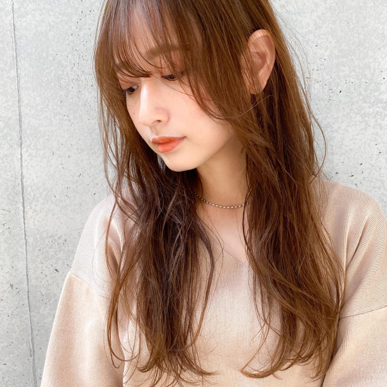 透明感カラー ロング レイヤーカット 毛先パーマ ヘアスタイルや髪型の写真・画像