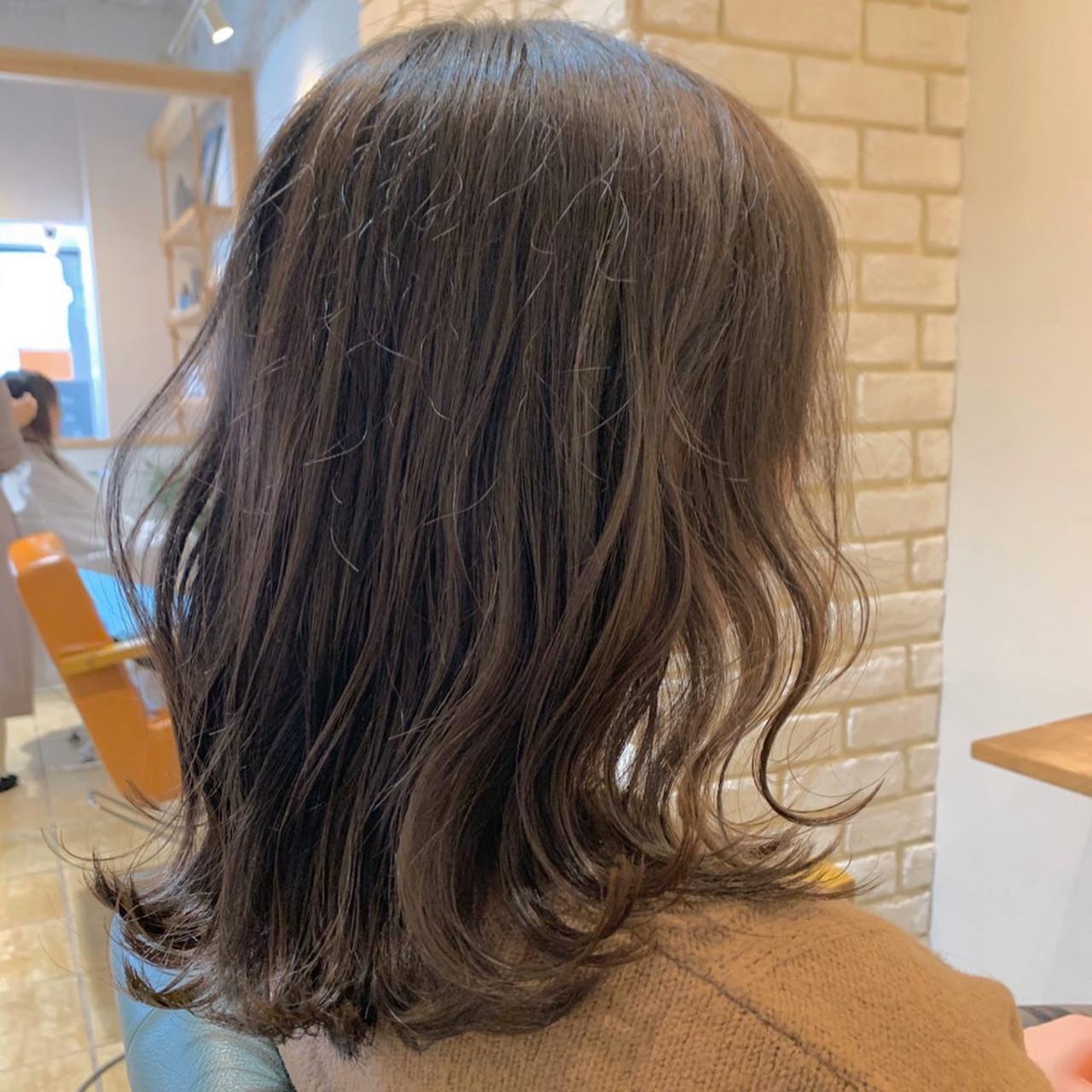 波巻き ロブ ミディアム ニュアンスヘア ヘアスタイルや髪型の写真・画像