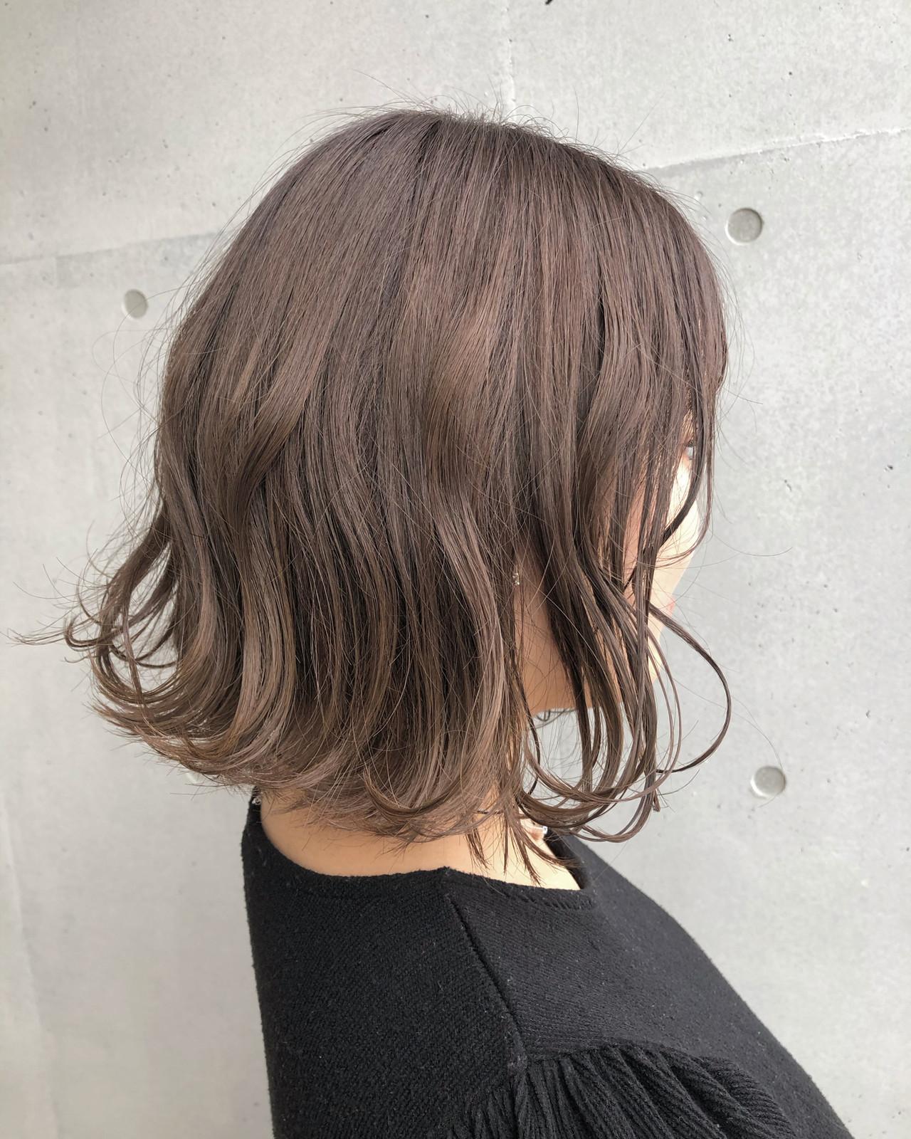 ミルクティーベージュ ナチュラル チョコレート ラベンダーグレージュ ヘアスタイルや髪型の写真・画像