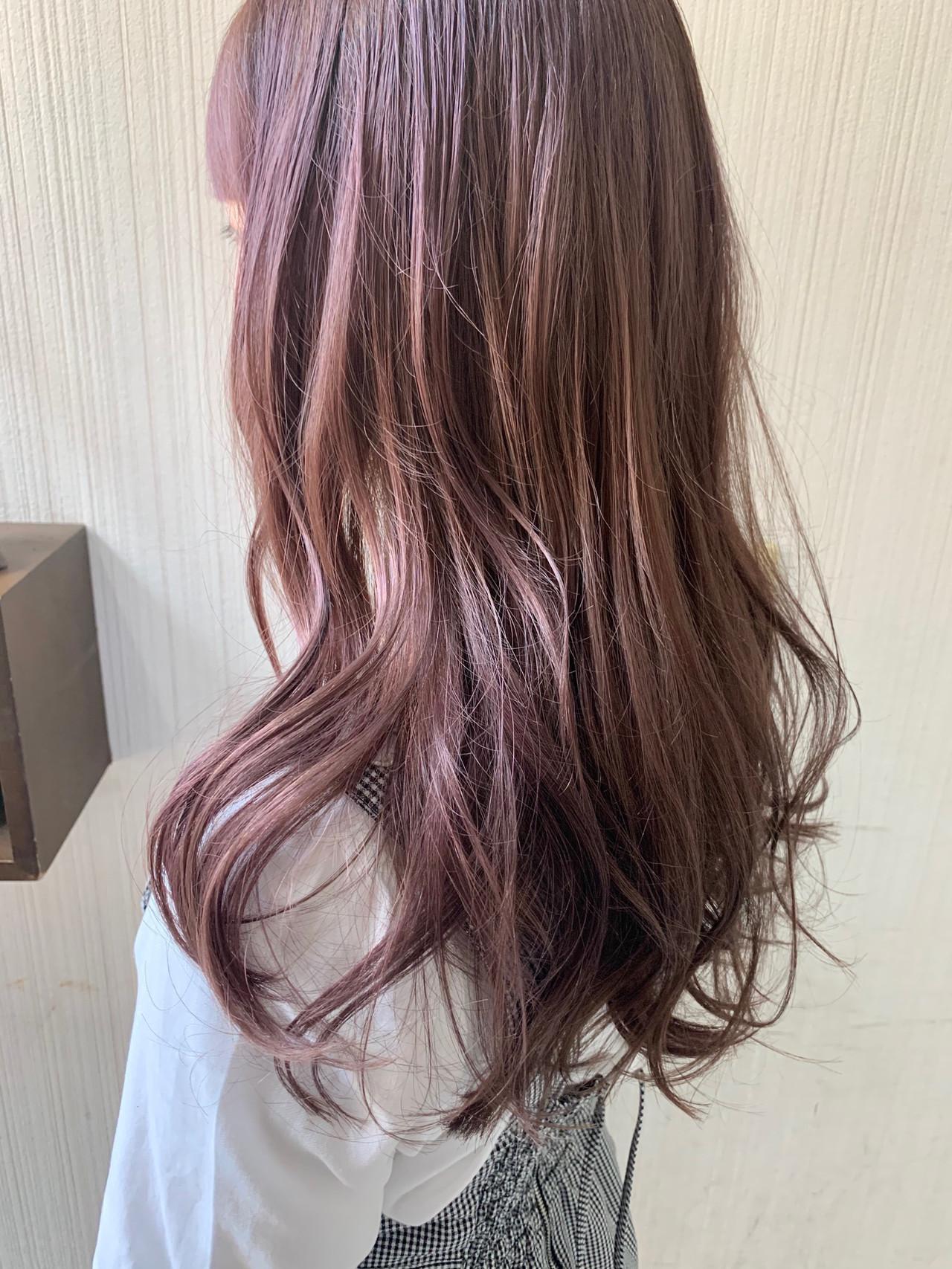 アンニュイほつれヘア 外国人風 大人かわいい ピンクブラウン ヘアスタイルや髪型の写真・画像