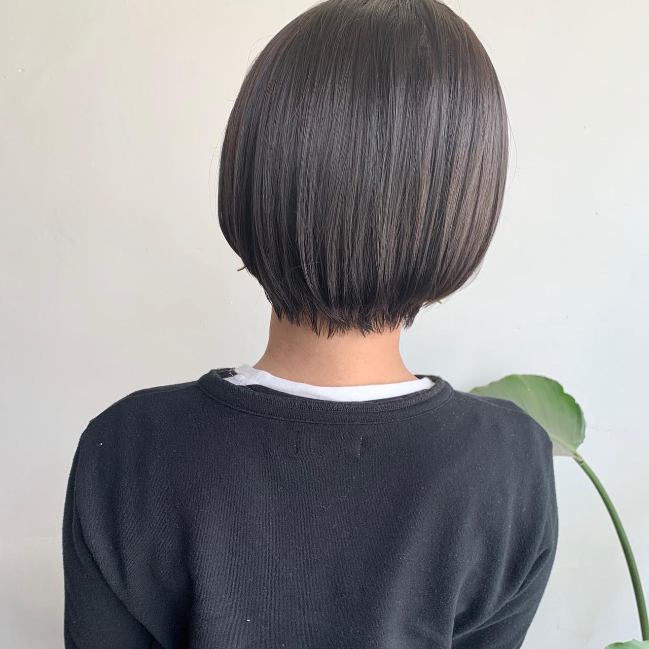 ナチュラル ブラウンベージュ アッシュベージュ ショート ヘアスタイルや髪型の写真・画像