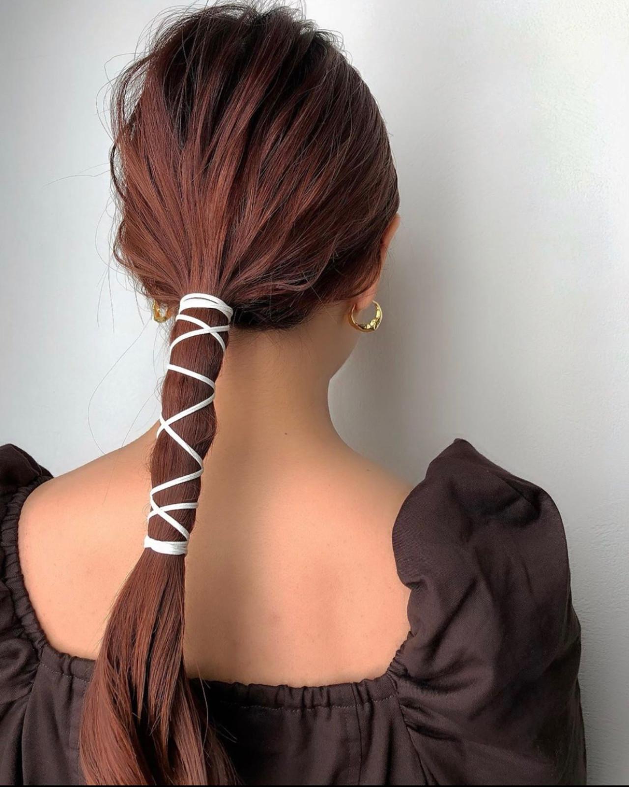 ロング ナチュラル 紐アレンジ ブライダル ヘアスタイルや髪型の写真・画像