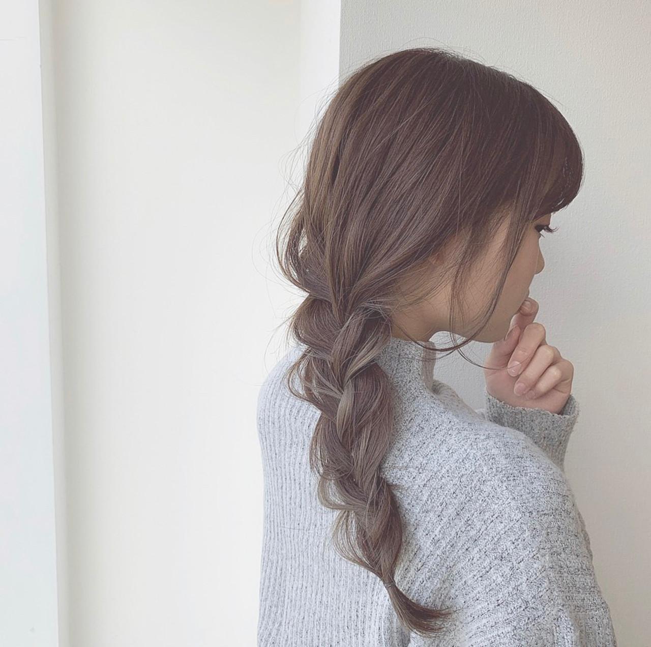 インナーカラー ナチュラル インナーカラーグレー ヘアアレンジ ヘアスタイルや髪型の写真・画像