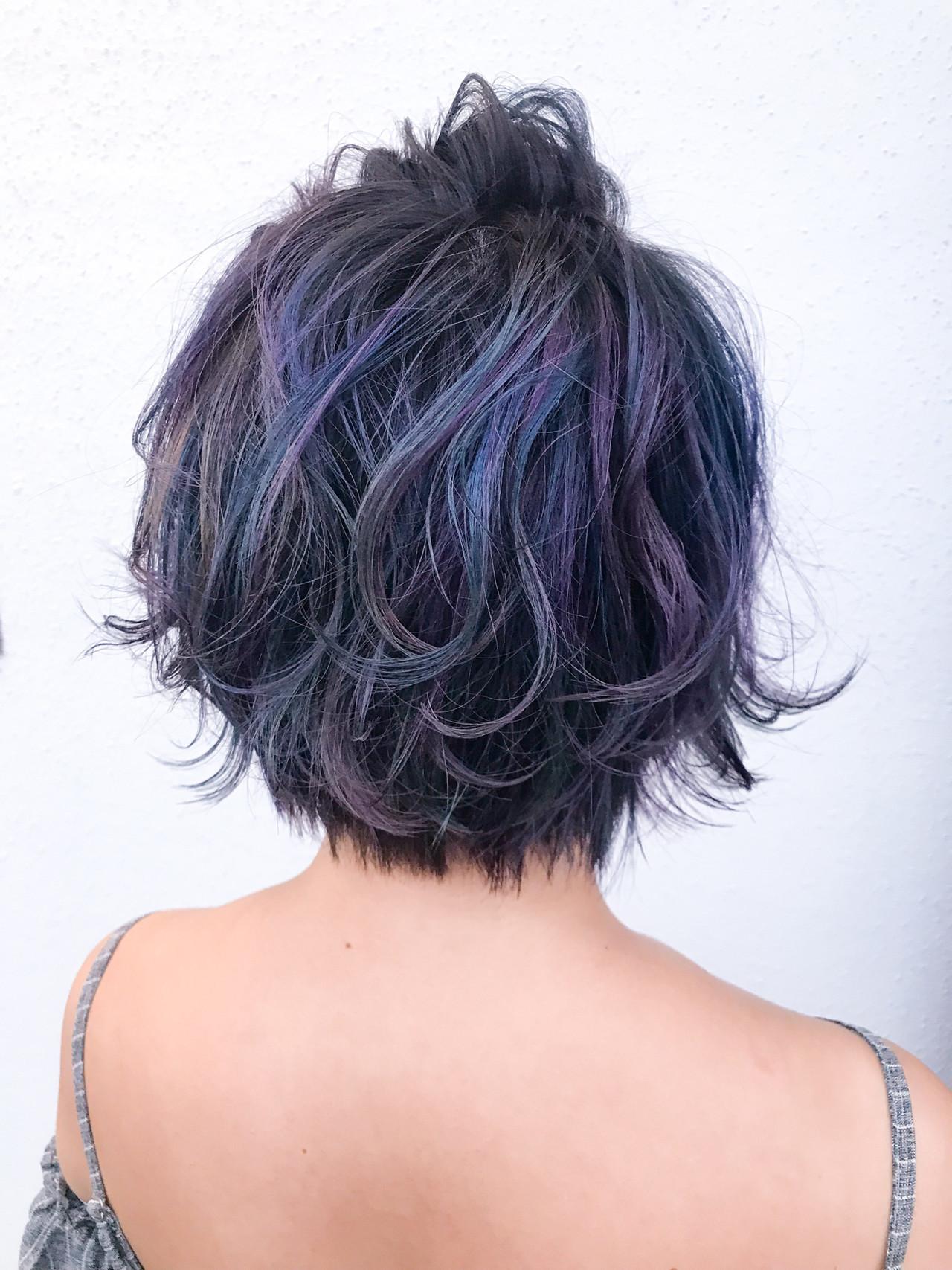 ブルーバイオレット 簡単ヘアアレンジ くるりんぱ デザインカラー ヘアスタイルや髪型の写真・画像