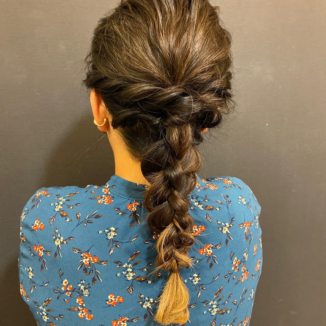 ロング 編みおろしヘア お呼ばれヘア 波ウェーブ ヘアスタイルや髪型の写真・画像