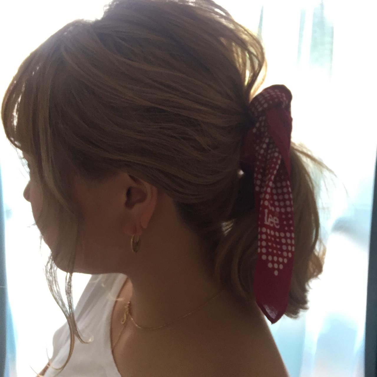 バンダナ 外国人風 簡単ヘアアレンジ ヘアアレンジ ヘアスタイルや髪型の写真・画像