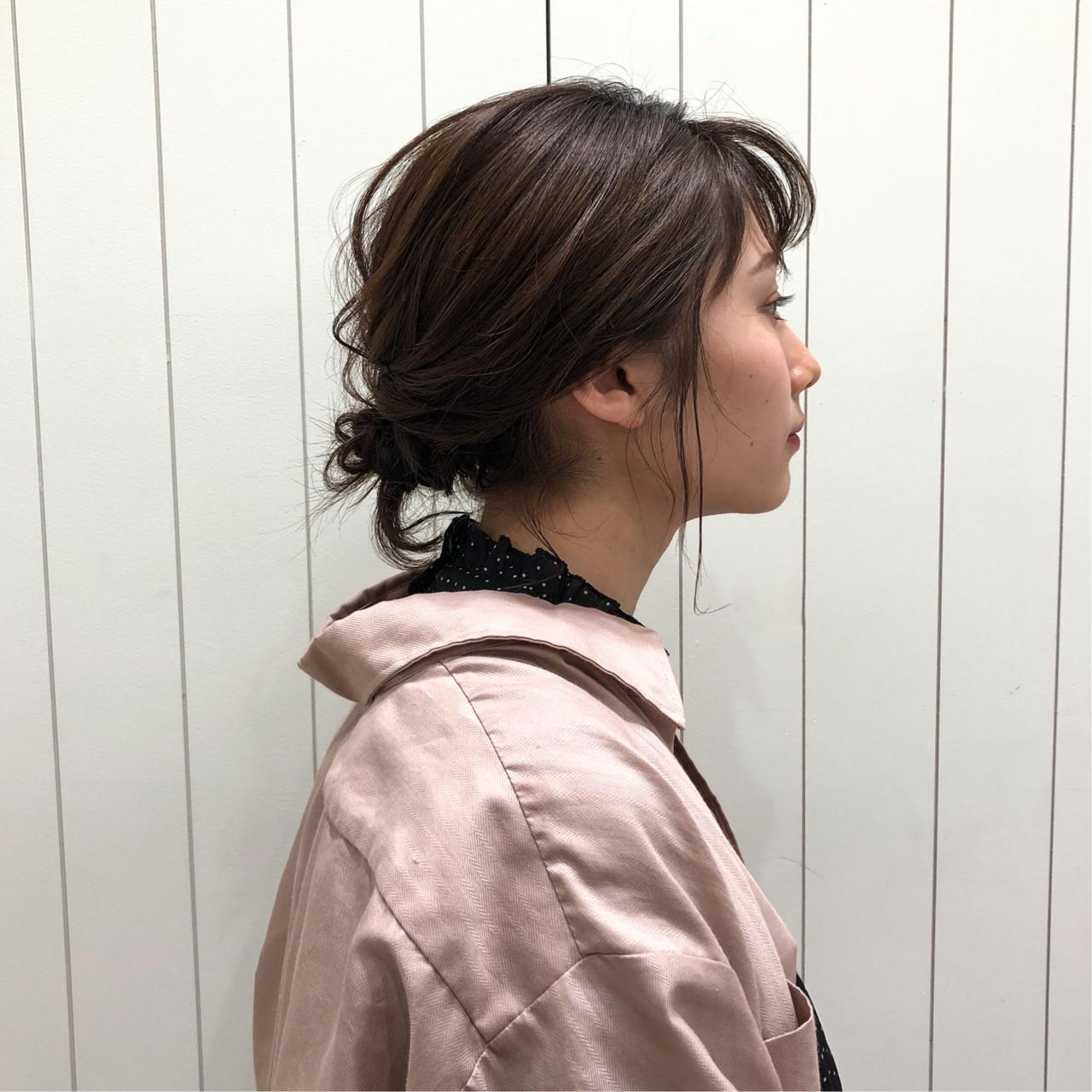 ボブ シニヨン 簡単ヘアアレンジ ヘアアレンジ ヘアスタイルや髪型の写真・画像