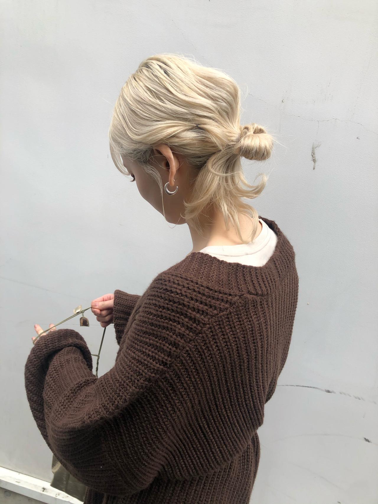 ハイトーン 簡単ヘアアレンジ ロング ハイトーンカラー ヘアスタイルや髪型の写真・画像