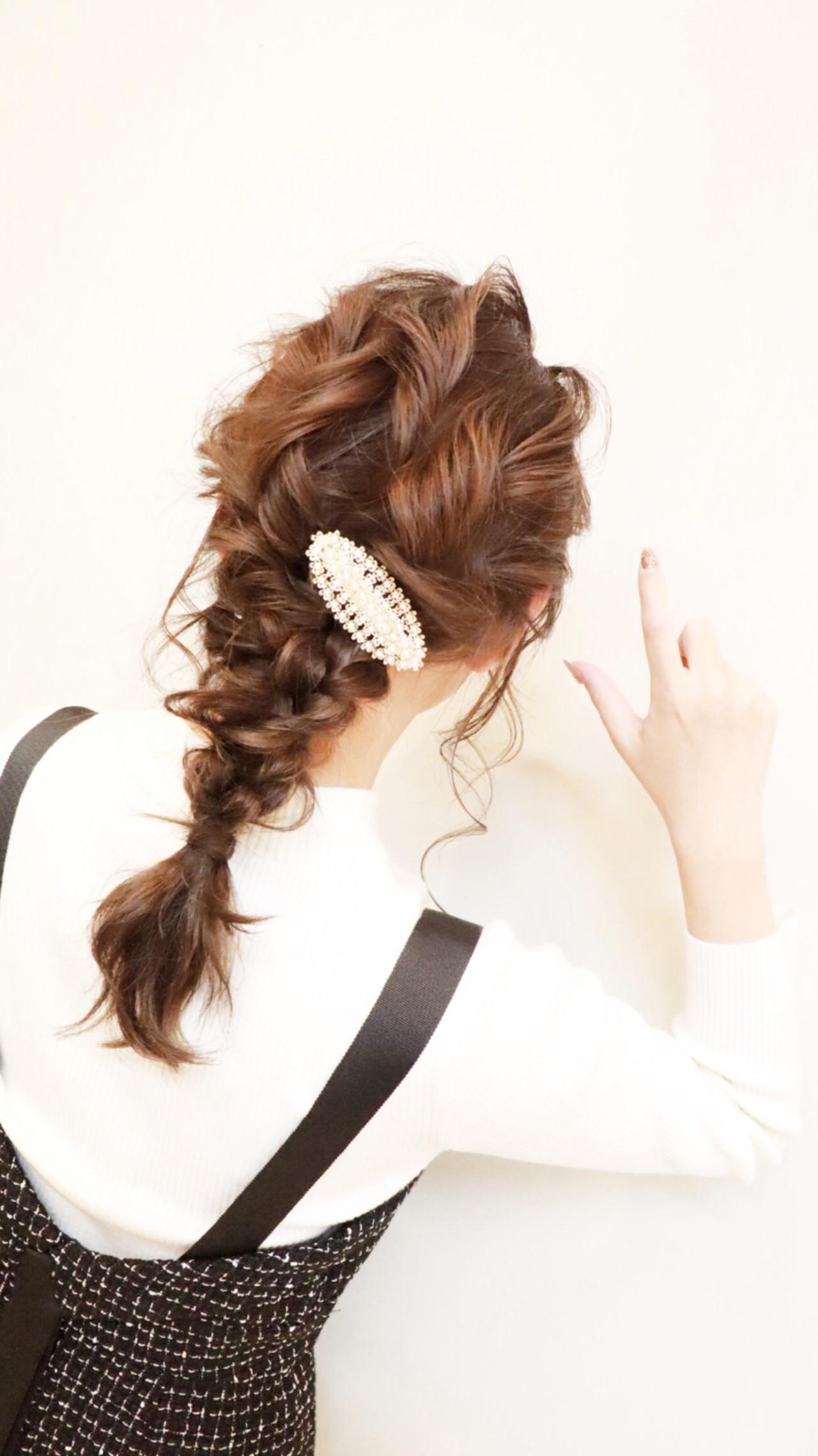 ヘアアレンジ ナチュラル ミディアム セルフヘアアレンジ ヘアスタイルや髪型の写真・画像