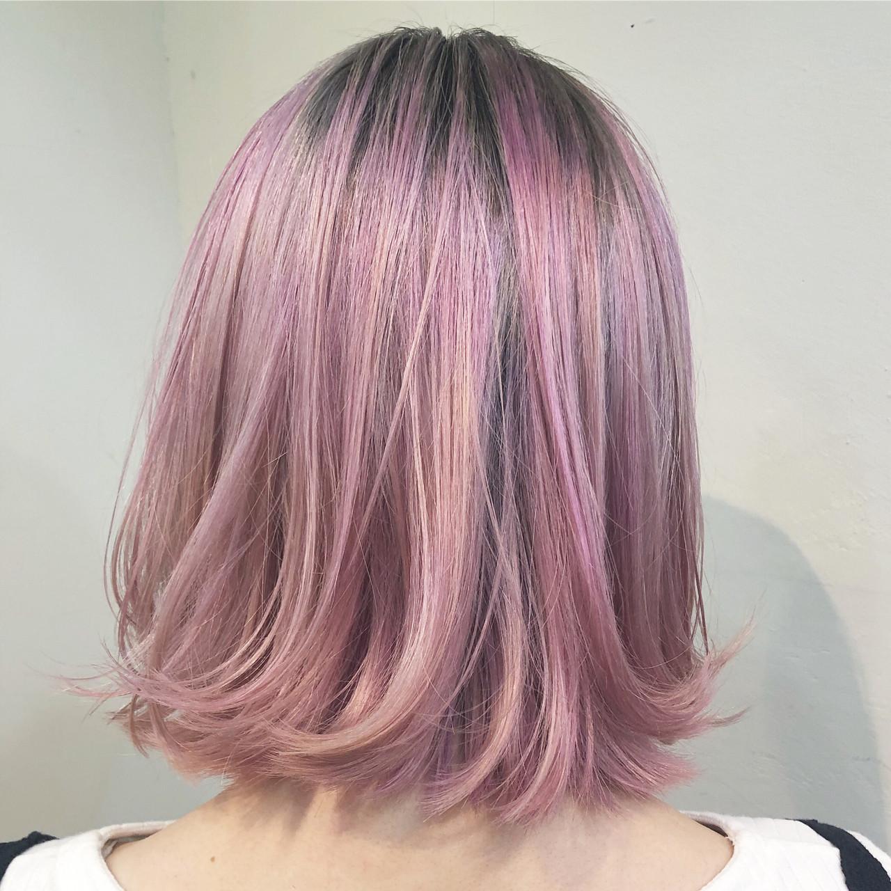インナーカラー ハイライト ユニコーンカラー バレイヤージュ ヘアスタイルや髪型の写真・画像