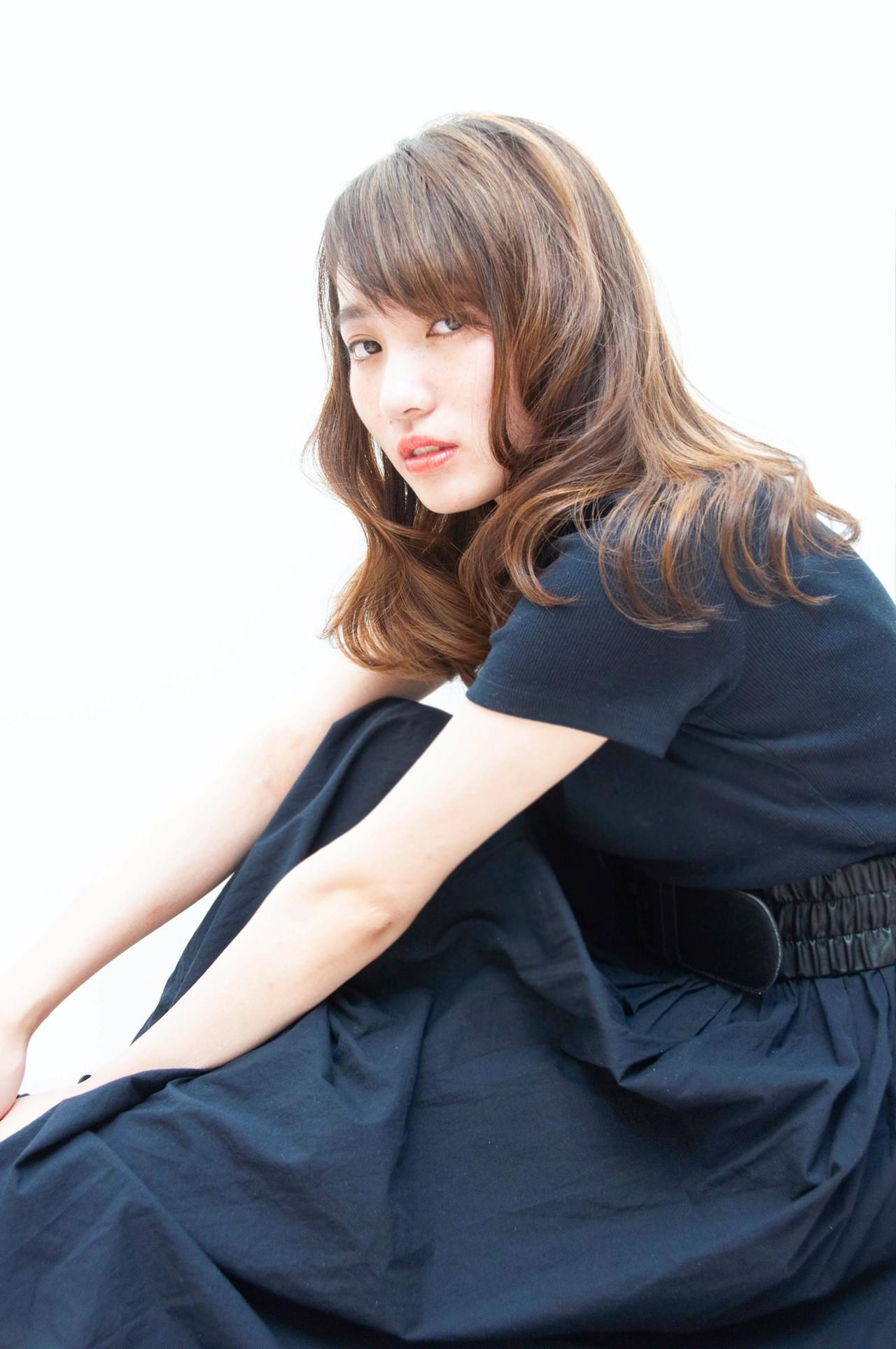 フェミニン ロング ゆるナチュラル ナチュラル可愛い ヘアスタイルや髪型の写真・画像