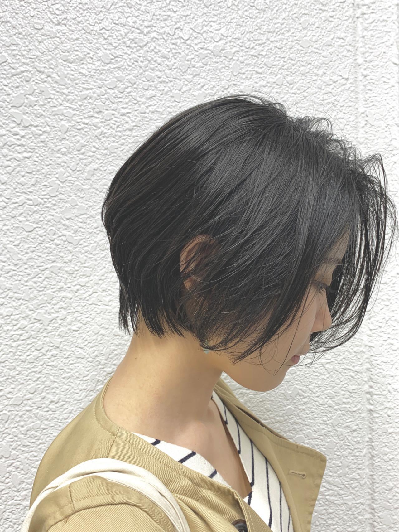 前髪なし ナチュラル ショート 前下がりボブ ヘアスタイルや髪型の写真・画像