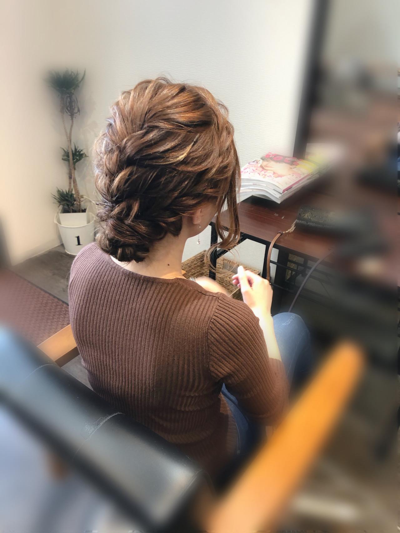 フェミニン 編み込みヘア 編み込み アップスタイル ヘアスタイルや髪型の写真・画像