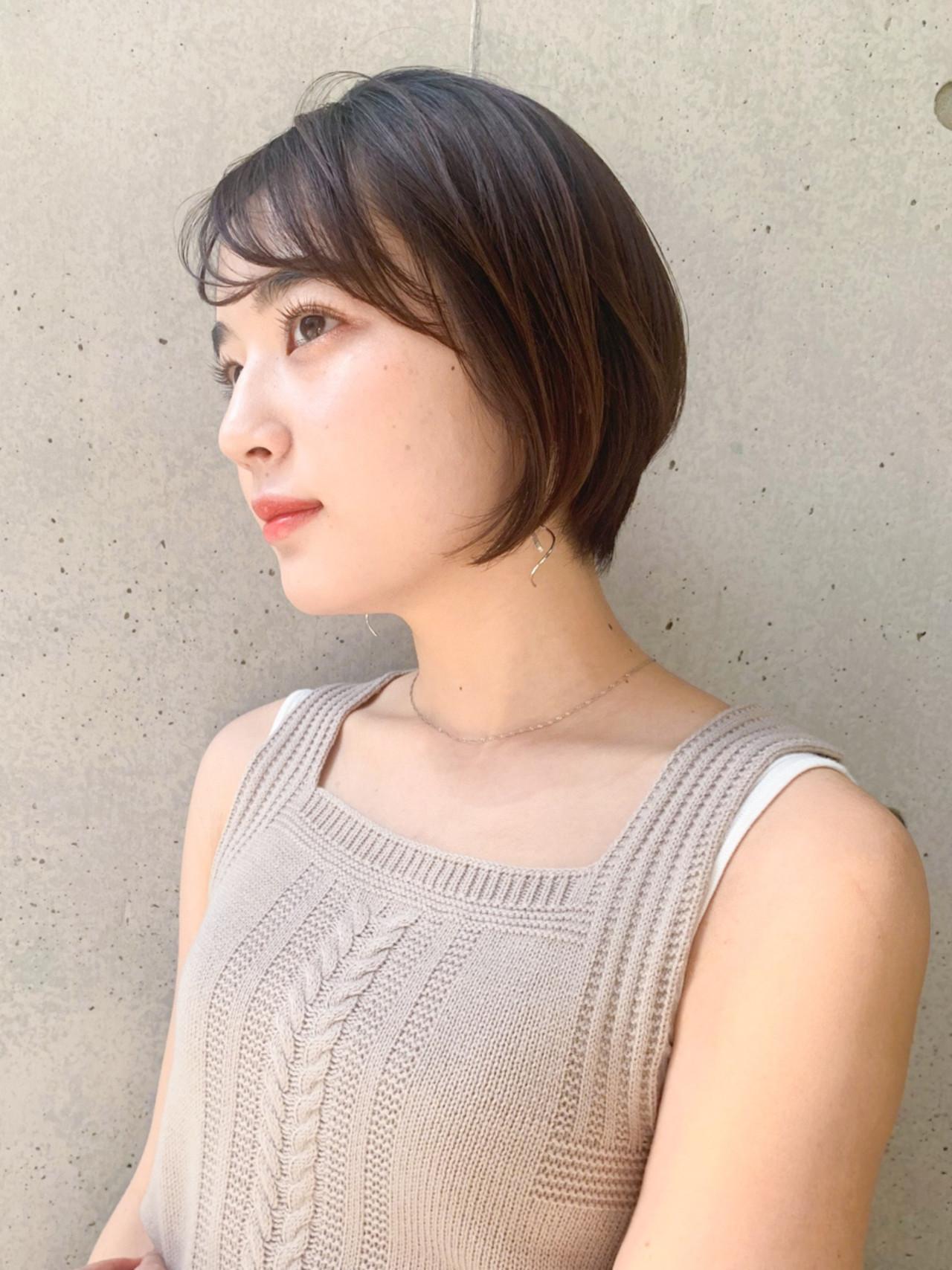 ショートボブ ショートヘア ナチュラル ゆるふわパーマ ヘアスタイルや髪型の写真・画像