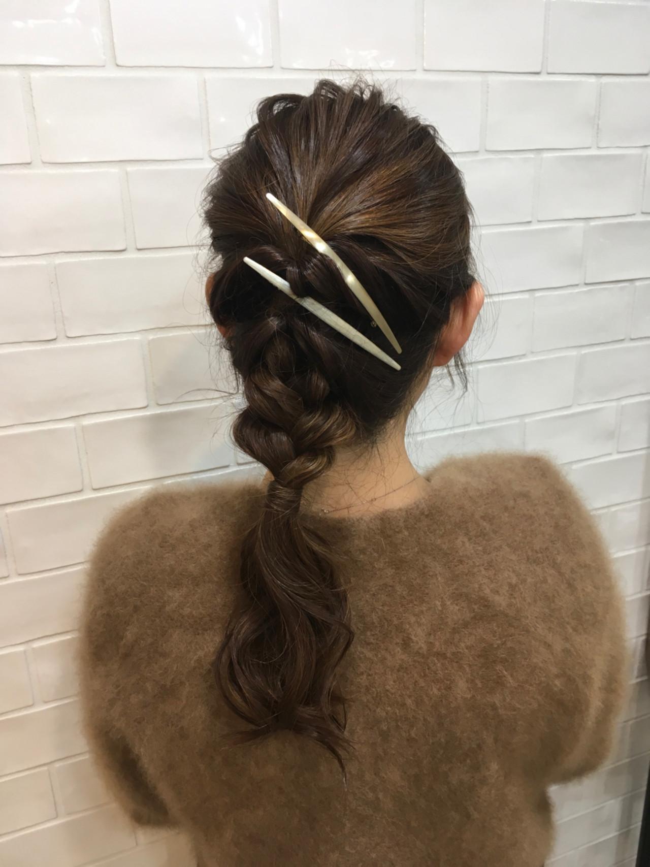 ガーリー 簡単ヘアアレンジ ヘアアレンジ 編み込み ヘアスタイルや髪型の写真・画像