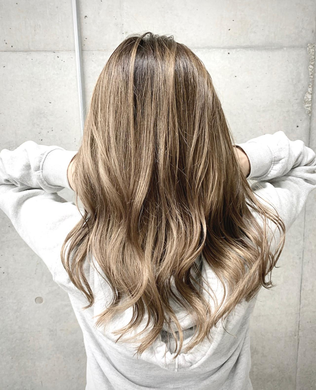 バレイヤージュ ガーリー ハイトーン セミロング ヘアスタイルや髪型の写真・画像