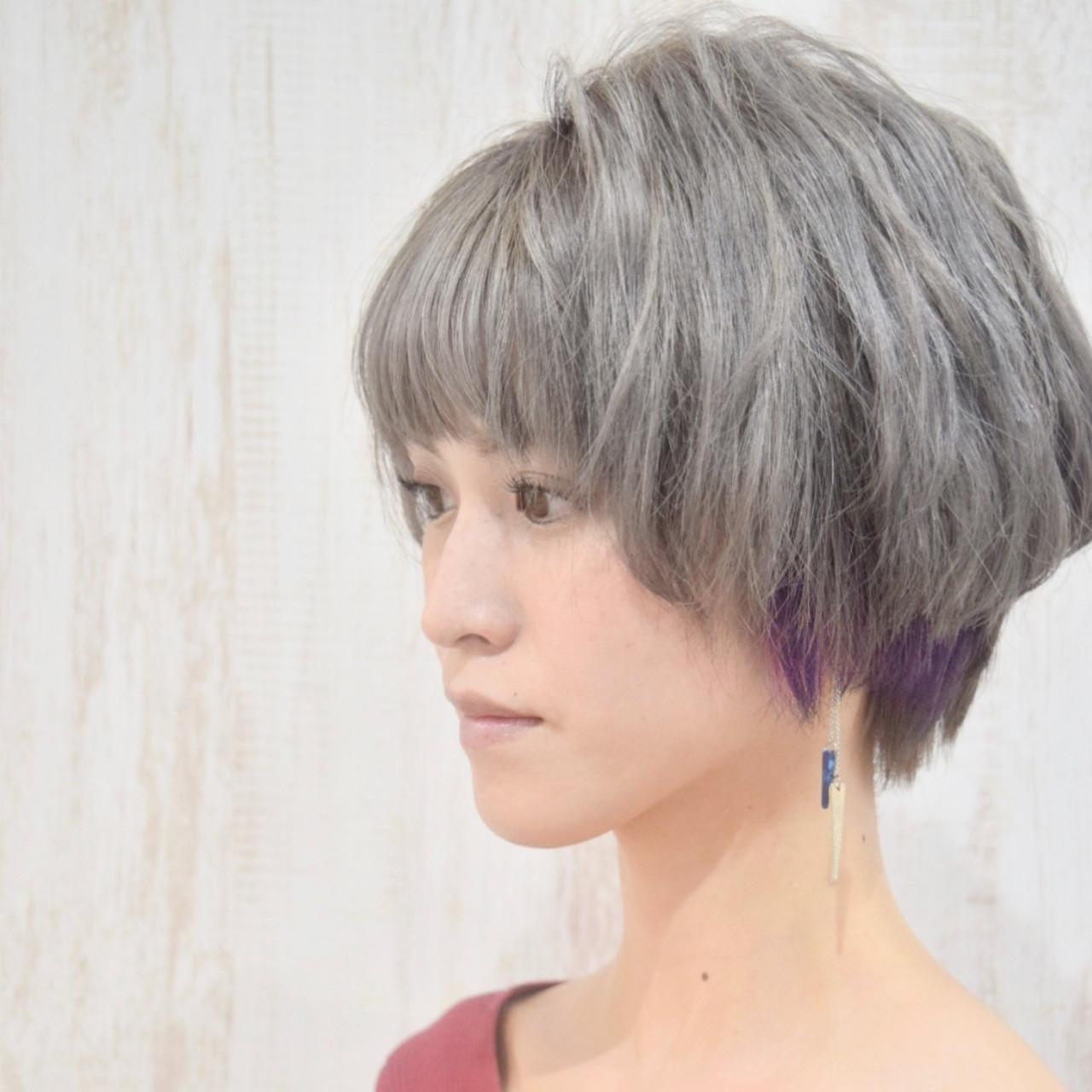 ベリーショート シルバー シルバーアッシュ エレガント ヘアスタイルや髪型の写真・画像