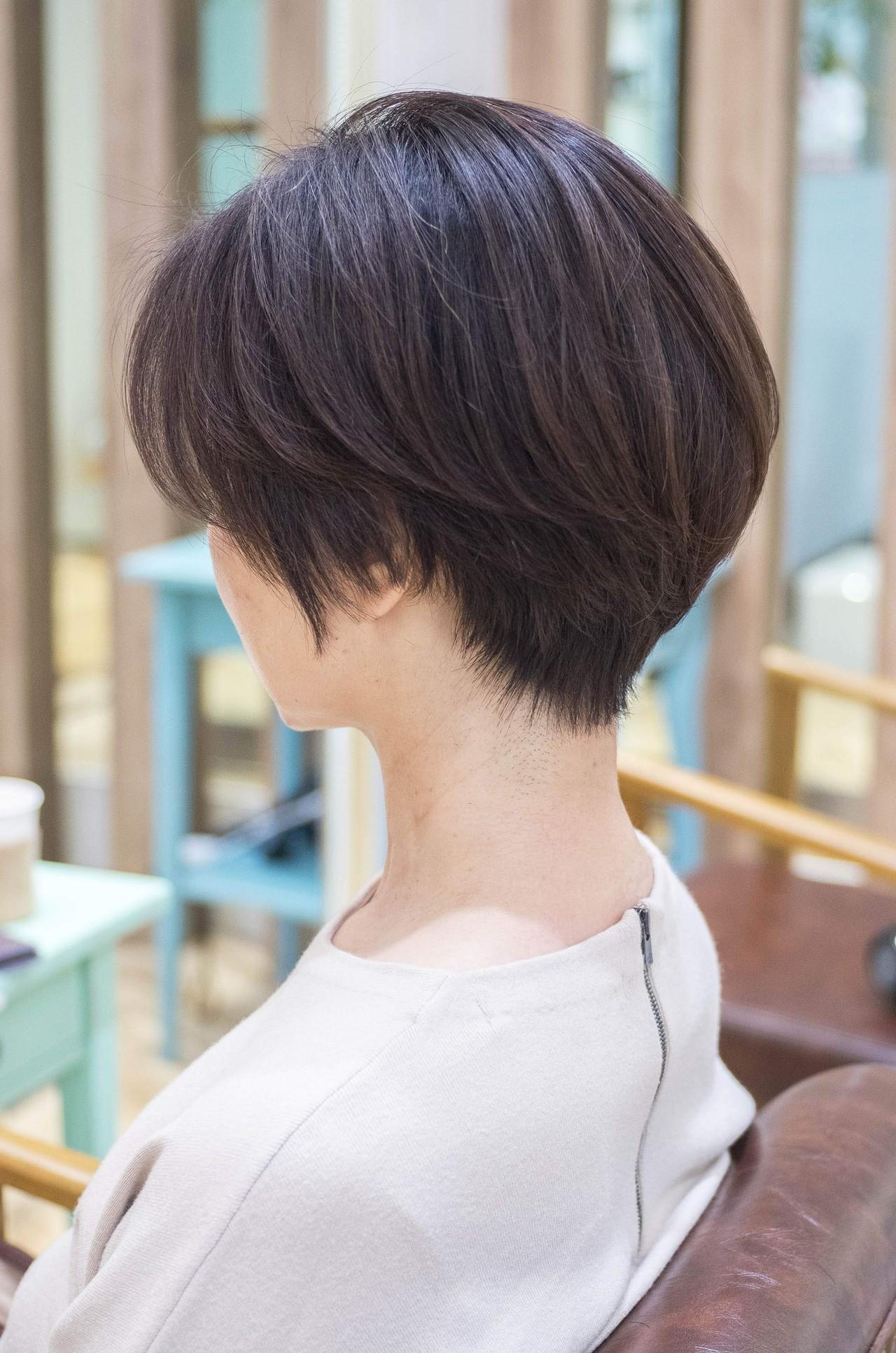前下がり ナチュラル ショートボブ 大人かわいい ヘアスタイルや髪型の写真・画像
