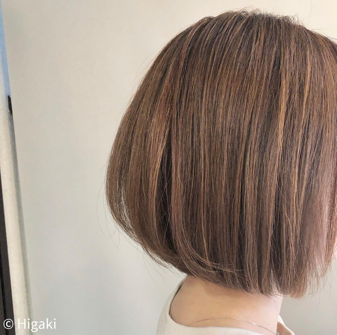 ゆるナチュラル かっこいい シルバーグレイ ボブ ヘアスタイルや髪型の写真・画像