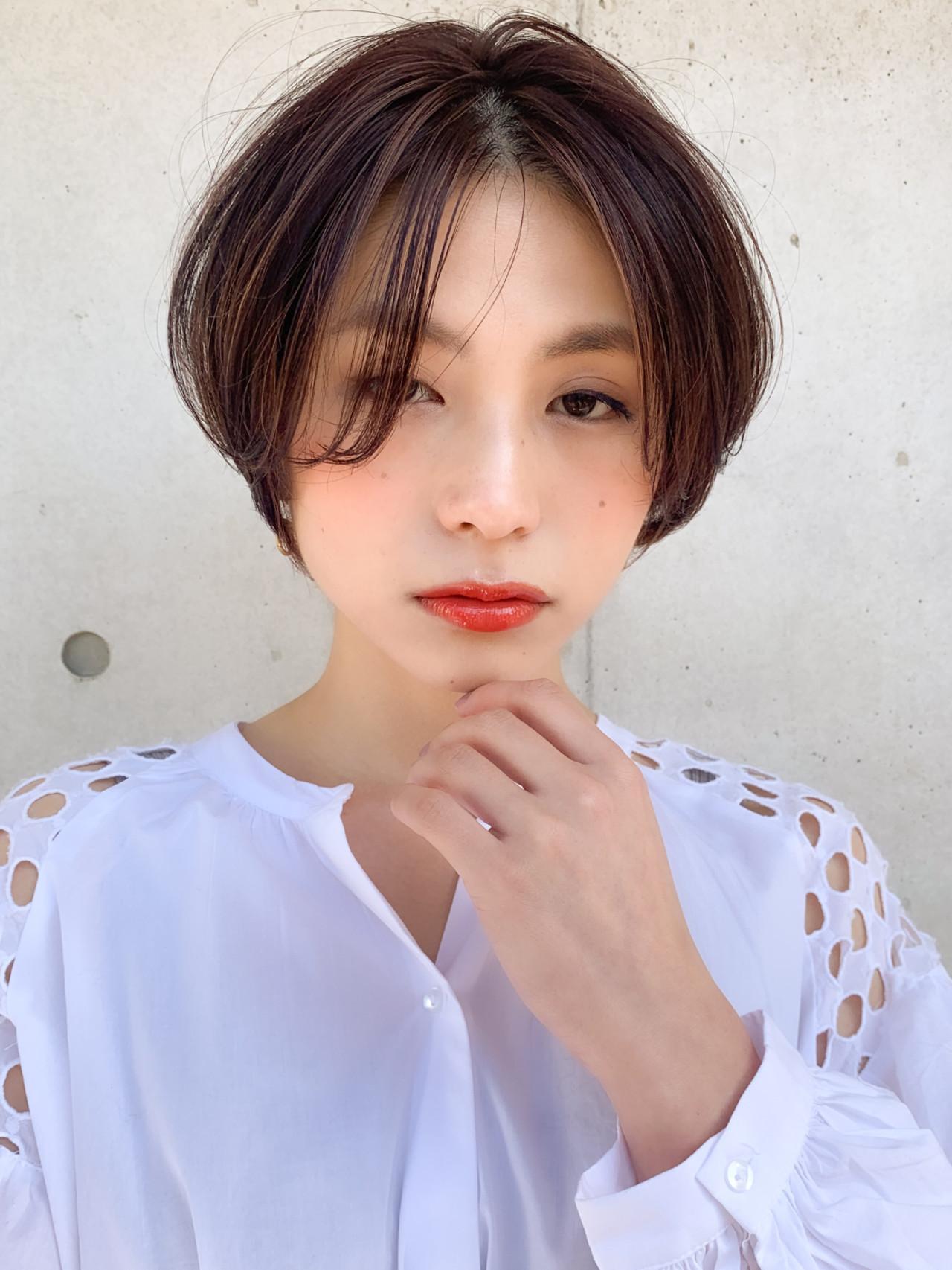 ふんわり前髪 ショートヘア ボブ ナチュラル ヘアスタイルや髪型の写真・画像