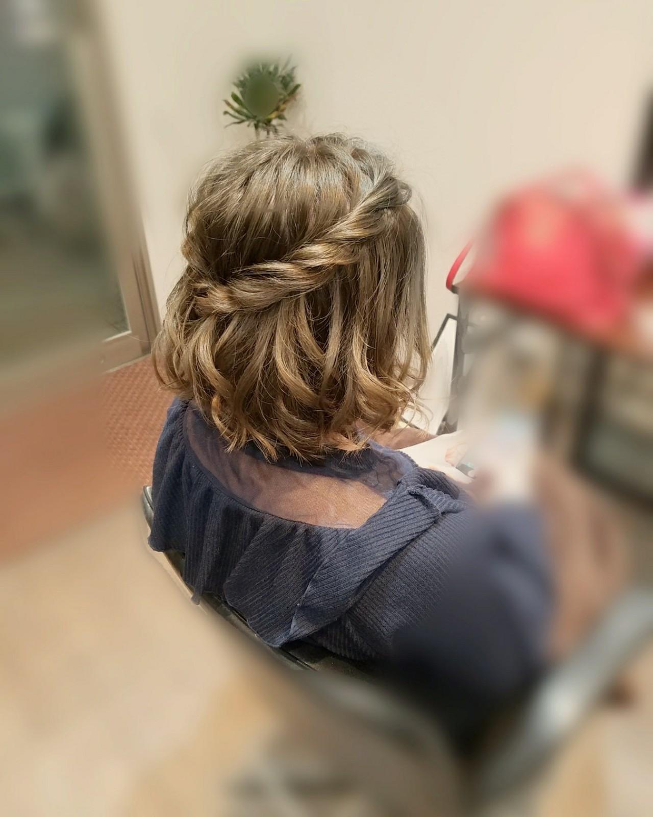 フェミニン ショート ヘアアレンジ ハーフアップ ヘアスタイルや髪型の写真・画像