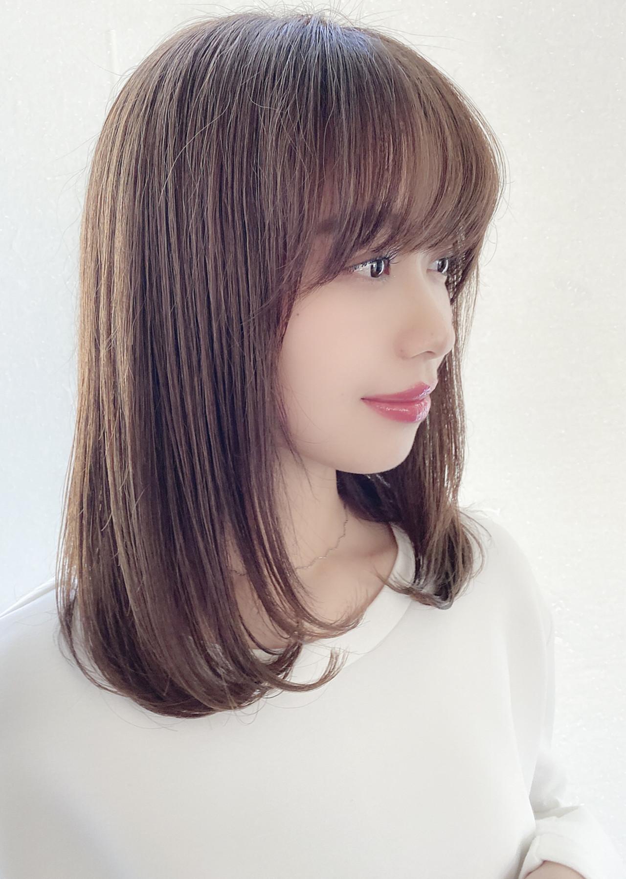 ストレート 艶髪 ナチュラル 美髪 ヘアスタイルや髪型の写真・画像
