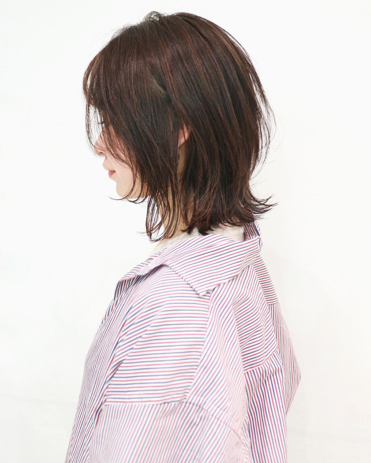 切りっぱなしボブ ウルフカット レイヤーボブ ミディアムレイヤー ヘアスタイルや髪型の写真・画像