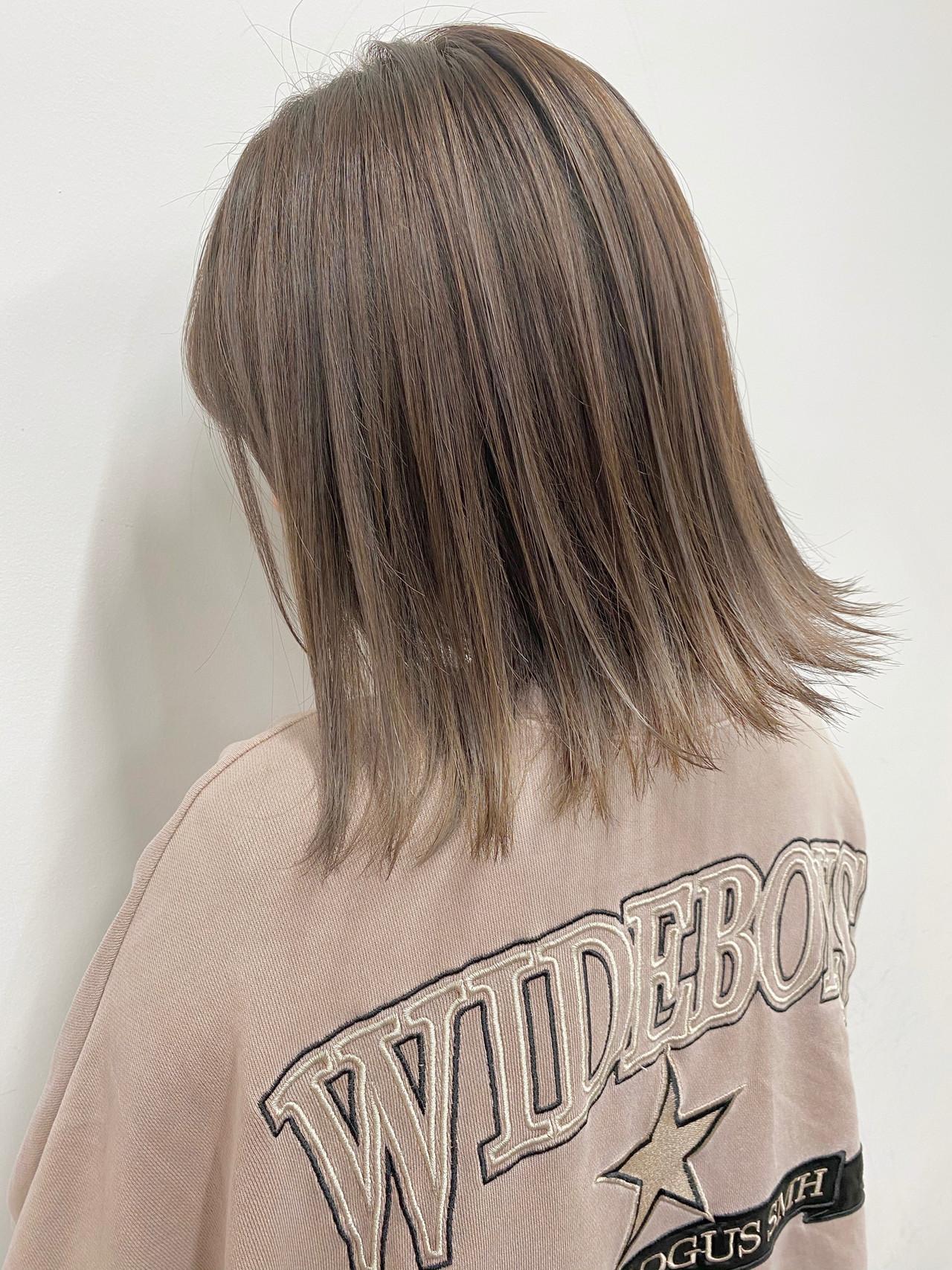 外ハネボブ 3Dハイライト ナチュラル ミルクティーベージュ ヘアスタイルや髪型の写真・画像