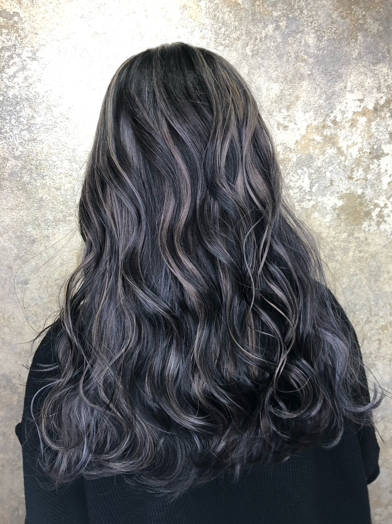 バレイヤージュ 外国人風 黒髪 ロング ヘアスタイルや髪型の写真・画像