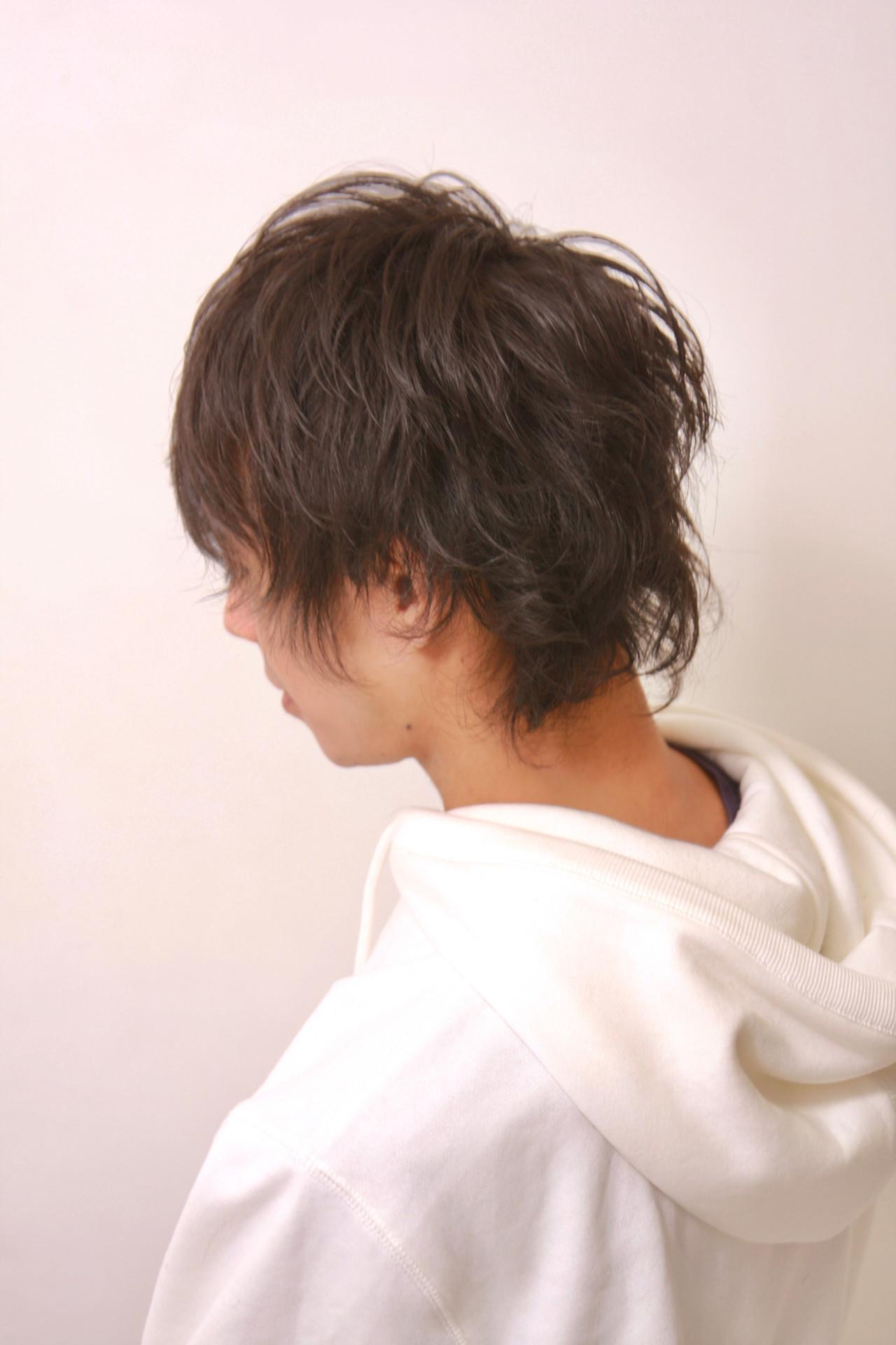 ウルフカット メンズヘア ナチュラル メンズパーマ ヘアスタイルや髪型の写真・画像