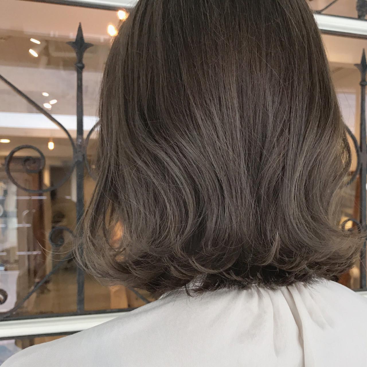 ミディアム 女子力 ナチュラル ウェットヘア ヘアスタイルや髪型の写真・画像