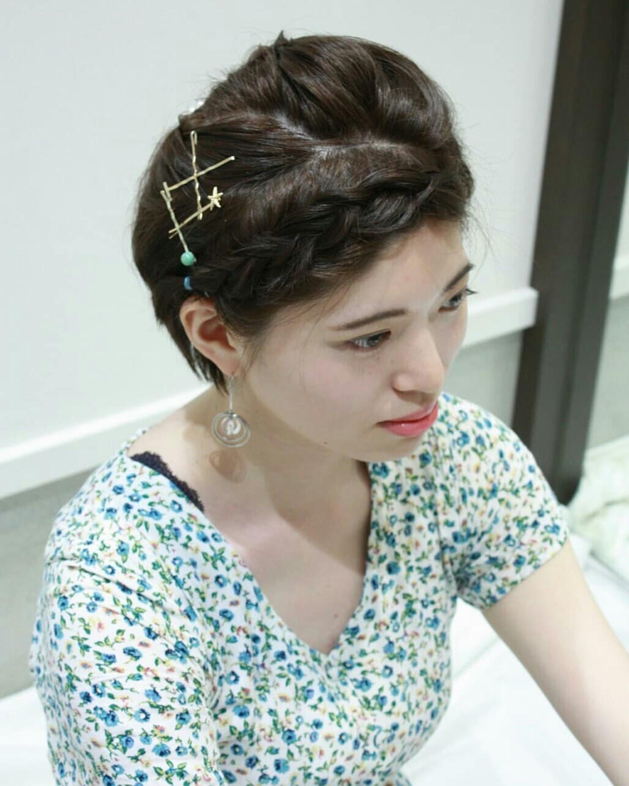 簡単ヘアアレンジ ショート 結婚式 フェミニン ヘアスタイルや髪型の写真・画像