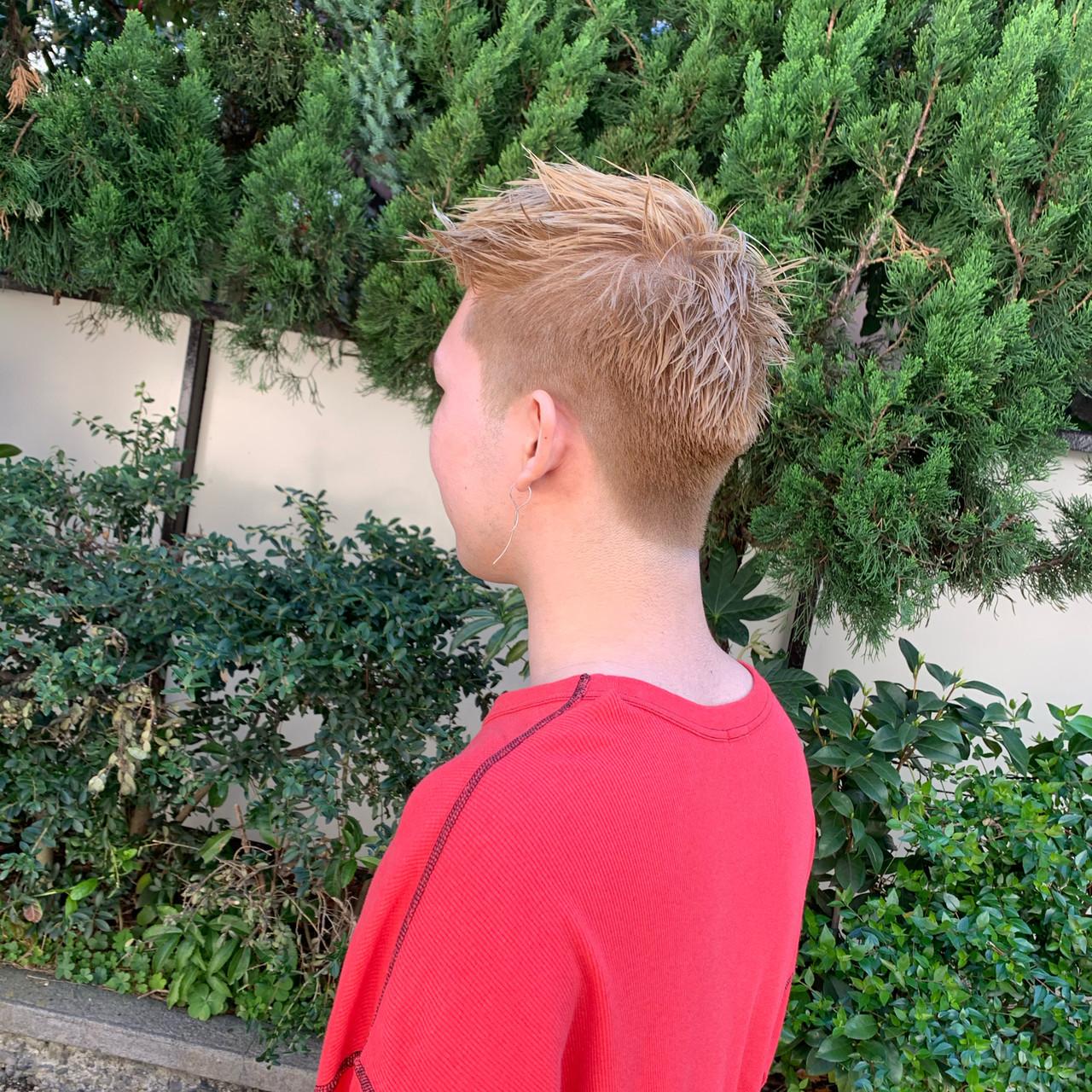 ベリーショート 透明感カラー メンズヘア ミルクティーベージュ ヘアスタイルや髪型の写真・画像