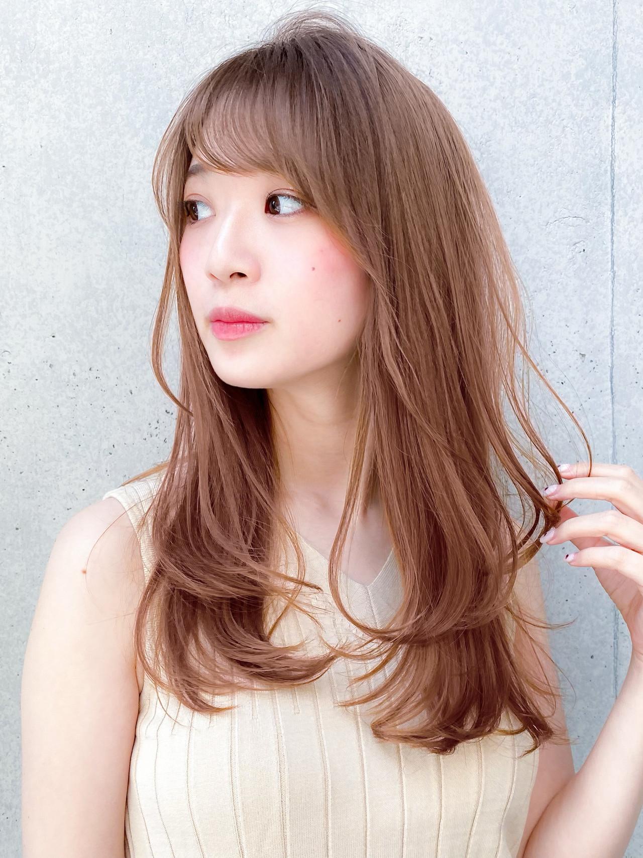 ハイトーンカラー レイヤー ナチュラル デジタルパーマ ヘアスタイルや髪型の写真・画像