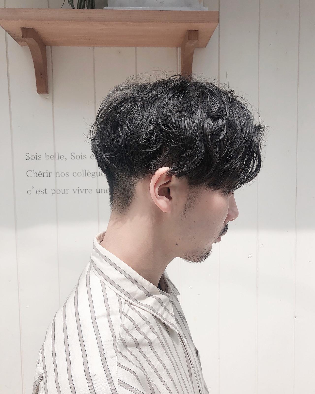 ナチュラル メンズショート メンズカット メンズパーマ ヘアスタイルや髪型の写真・画像