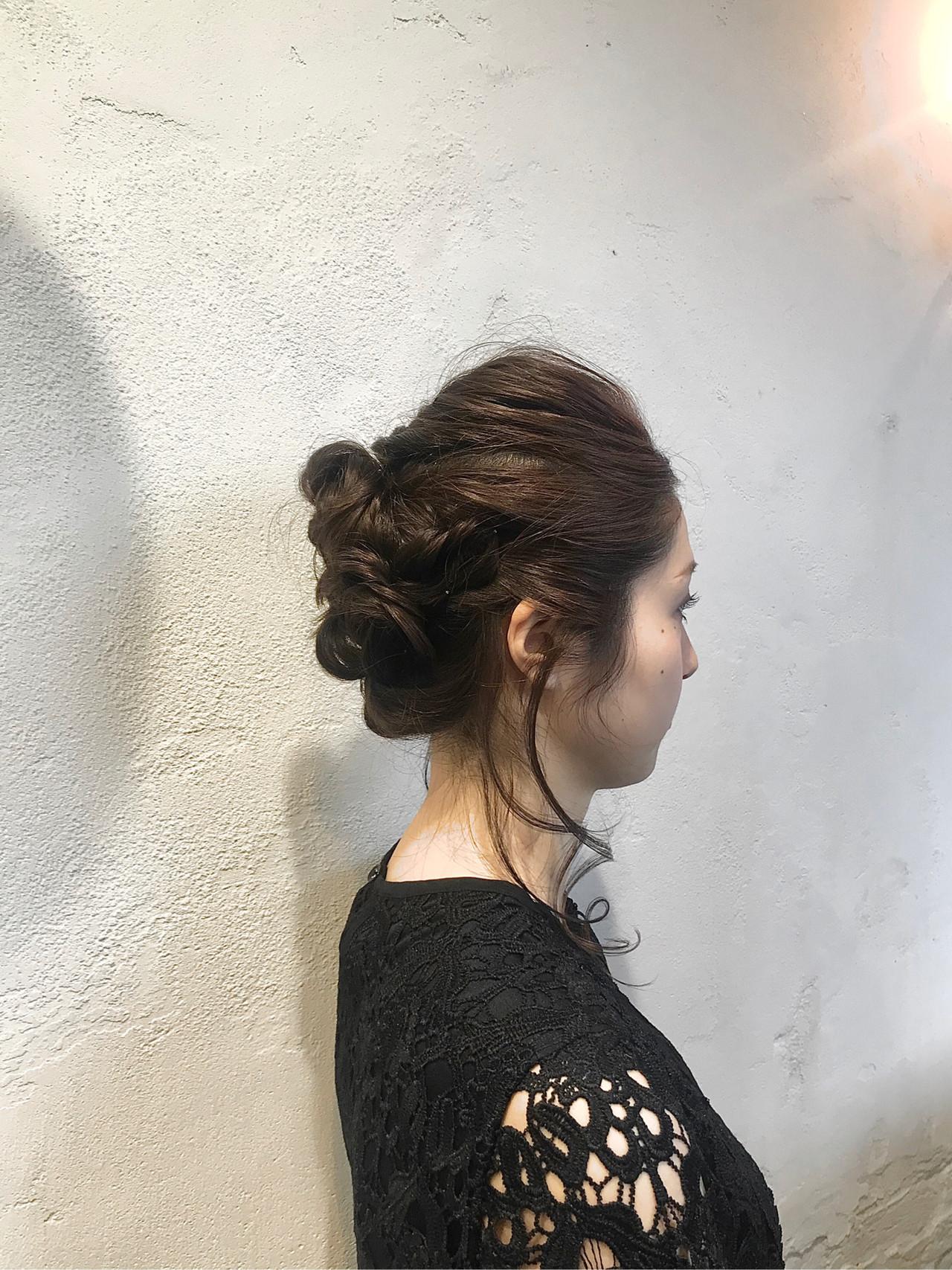 ロープ編み ヘアアレンジ セミロング くるりんぱ ヘアスタイルや髪型の写真・画像