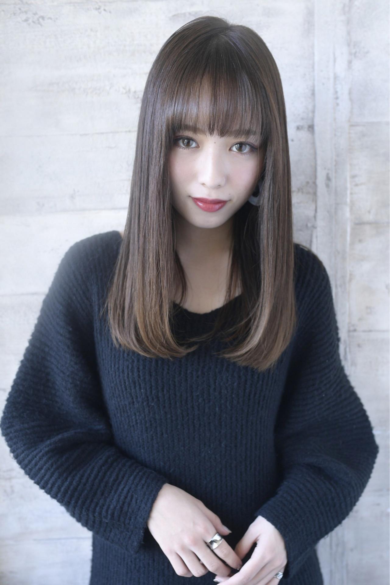 内巻き 美髪 ロング ストレート ヘアスタイルや髪型の写真・画像