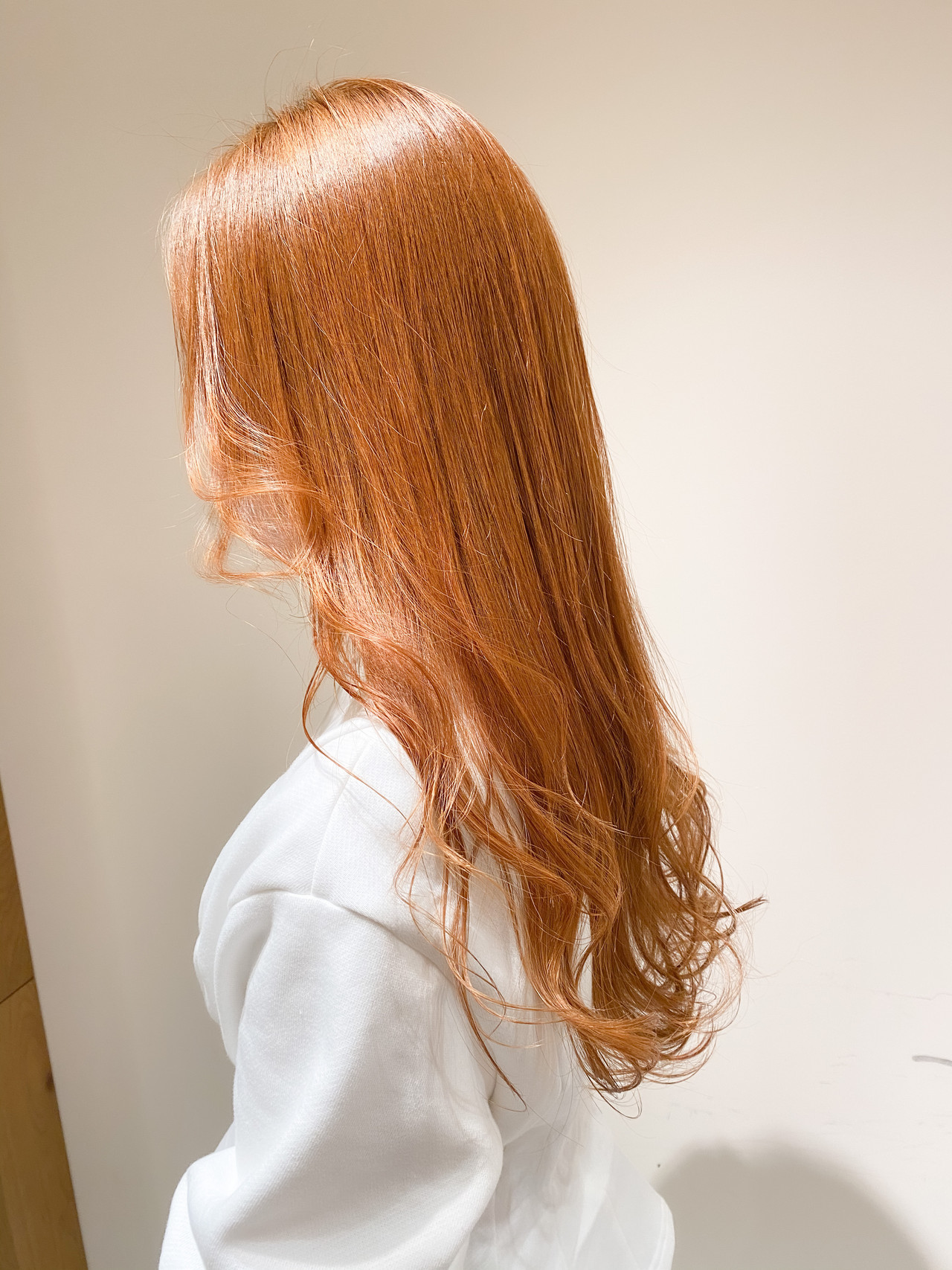 インナーカラー ブリーチなし オレンジベージュ オレンジ ヘアスタイルや髪型の写真・画像